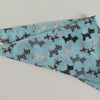 "Dog Bandana, small size, 11""-15"", Scottie dog design, neckerchief style, check"