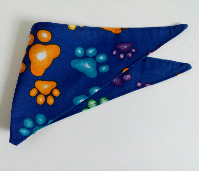 "Dog Bandana, extra small, up to 11"" neck, paw prints, neckerchief style"
