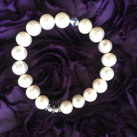 Cream Freshwater Pearl and Swarovski Crystal Stretch Bracelet -100FPE