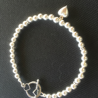 Sterling Silver Toggle Clasp Bracelet with Heart Charm - 100SSA
