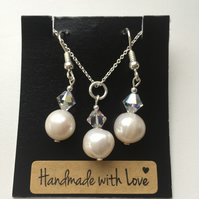 Cream Freshwater Pearl and Swarovski Crystal Sterling Silver Set - 100FPB