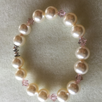 Swarovski Cream Pearl and Swarovski Crystal Vintage Rose Bracelet -100SPI