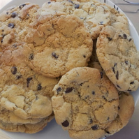 10 HOME MADE AMERICAN STYLE COOKIES! ORANGE & CHOCOLATE CHIP! VEGAN! DAIRY FREE