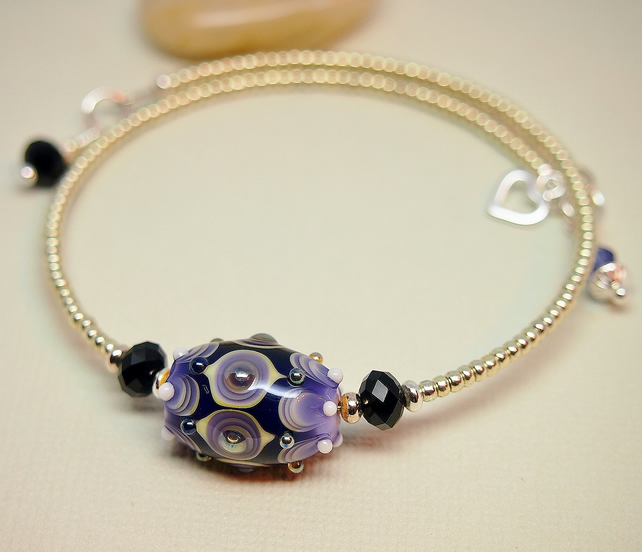 Black and Mauve Memory Wire Bracelet - Silver - Glass Bead