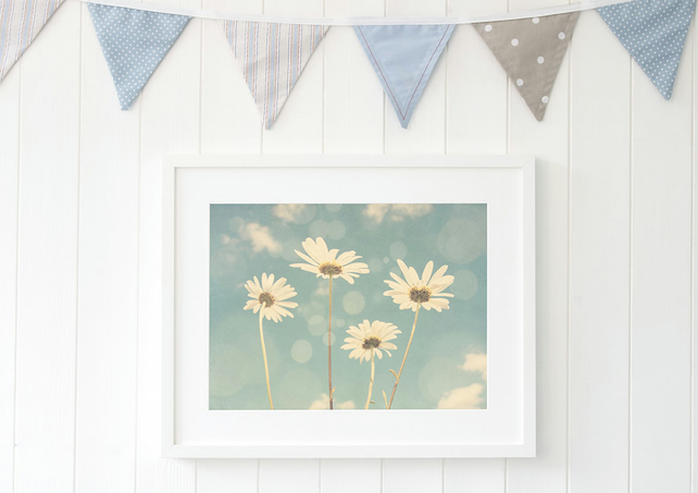 Daisies print, a dreamy wall art botanical print and fab gift for nature lovers