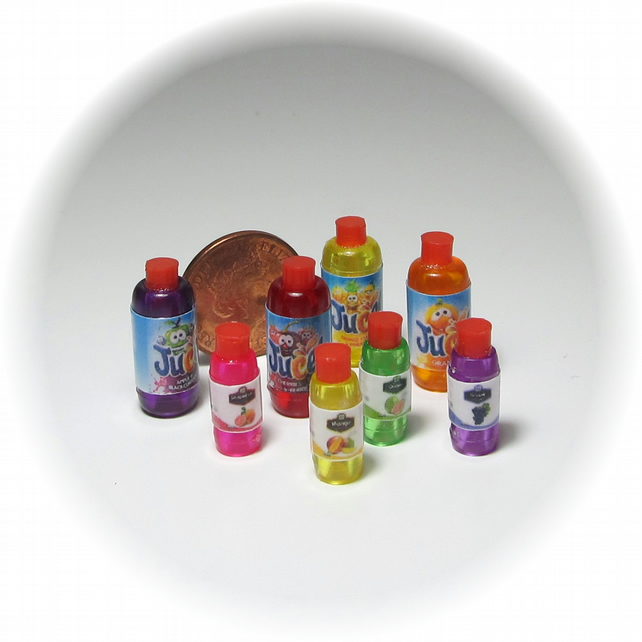 Dolls House 1:12th scale miniature juice bottles x8