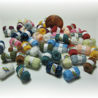 Dolls House 1:12th scale miniature balls of yarn