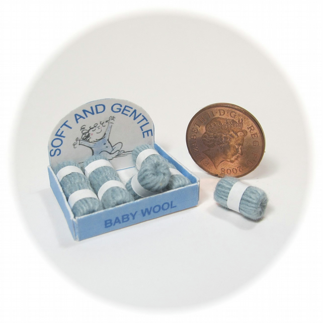 Dolls House 1:12th scale shop display box of wools, baby blue PRICE REDUCED