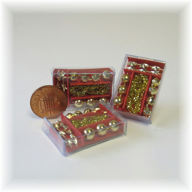 Dolls House 1:12th scale miniature box of gold decorations PRICE REDUCED