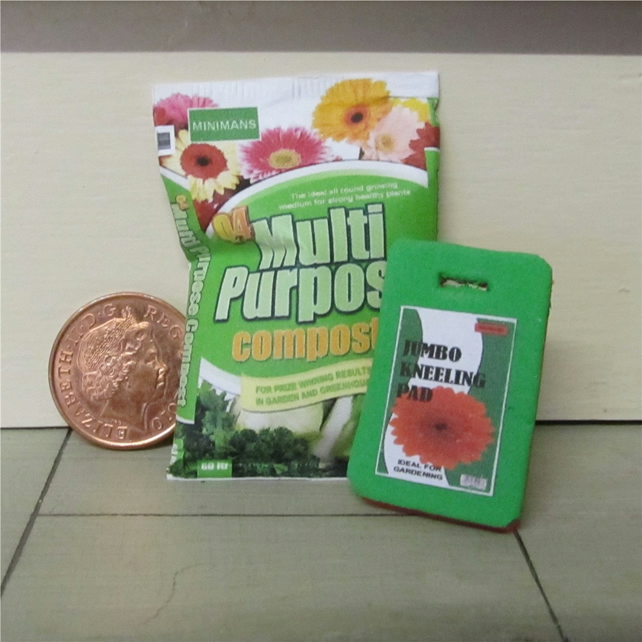 Dolls House 1:12th scale miniature kneeling mat and compost bag PRICE REDUCED