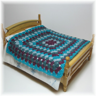 Dolls House 1:12th scale bedding. Crochet bedspread, blanket, throw (c6)