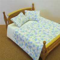Dolls House 1:12th scale double bedding set (nd07)