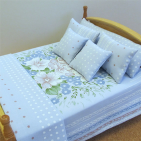 Dolls House 1:12th scale double bedding set (lb11)