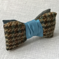 Retro Bow Tie Pre Tied, Clip On Blue Silk Necktie
