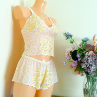 Sunshine yellow lace bralette and french knickers set