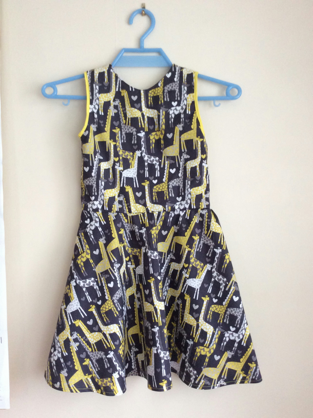 Giraffe Love Swing Dress Age 4-5 years