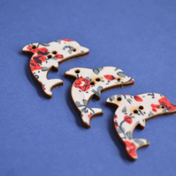 Wooden Dolphin Floral Buttons Red White Blue 3pk 32x20mm Sea Nautical (DP2)