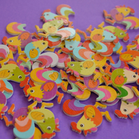 Wooden Cockerel Buttons Mixed 6pk 30x30mm Chicken Hen (CK1)