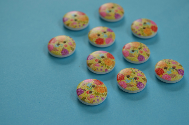 15mm Wooden Floral Buttons Green Purple Red Orange 10pk Flowers (SF4)