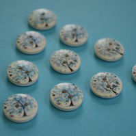 15mm Wooden Tree Blossom Buttons Blue White 10pk Leaves (ST11)