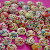 15mm Wooden Floral Buttons Random Mix 10pk Flowers (SF10)