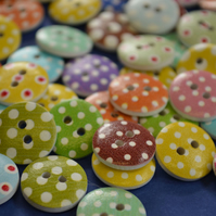 15mm Wooden Spotty Buttons Random Mix 10pk Spot Dot (SSP3)