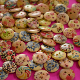 15mm Wooden Buttons Random Natural Mix Flowers (SN2)