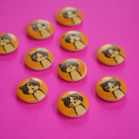 15mm Wooden Cat Buttons Yellow Black White 10pk Pussy Kitten Kitty (SCT6)