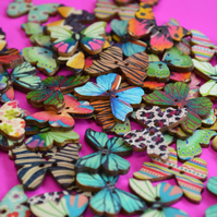 Wooden Butterfly Buttons Mixed 6pk 28x20mm (B18)