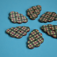 Wooden Cloud Buttons Green Purple Check 6pk 30x20mm (CD9)