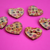 Wooden Heart Buttons Floral Retro Multicoloured 6pk 25x22mm (H4)