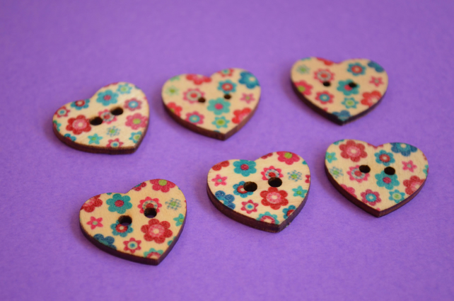 Wooden Heart Buttons Floral Retro Pink Blue Red 6pk 25x22mm (H6)