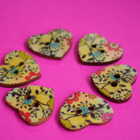 Wooden Heart Buttons Floral Green Blue Pink Black 6pk 25x22mm (H8)