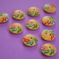 15mm Wooden Rainbow Swirl Buttons Natural Wood 10pk Flowers (SNF7)