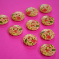 15mm Wooden Pink Green Heart Buttons Natural Wood 10pk (SNH1)
