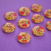 15mm Wooden Multicoloured Heart Buttons Natural Wood 10pk (SNH3)