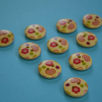 15mm Wooden Red Green Pink Heart Buttons Natural Wood 10pk (SNH4)