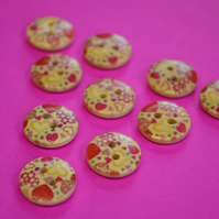 15mm Wooden Red Pink Yellow Heart Buttons Natural Wood 10pk (SNH5)