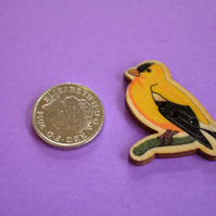 Wooden Bird Shaped Buttons 38x30mm American Goldfinch (BD21)