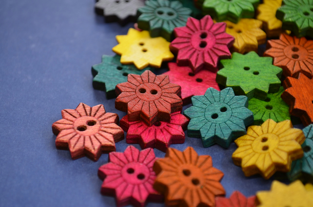 Colourful Wooden Star Flower Buttons Floral Mixed Flowers 20x20mm (STF2)