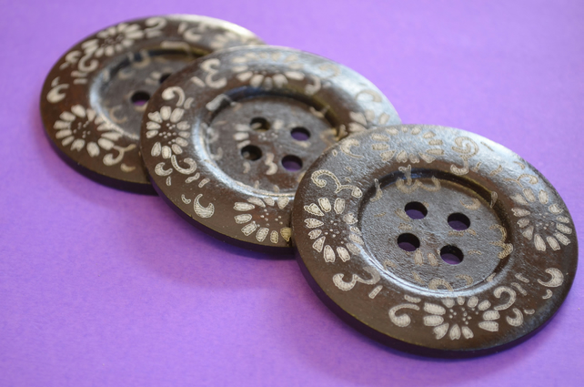 Giant Wooden Buttons 60mm Natural Brown Button Huge Large Flower (G9)