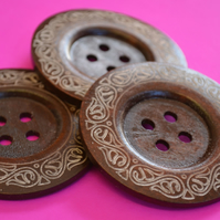 Giant Wooden Buttons 60mm Natural Brown Button Huge Large Celtic Design (G10)