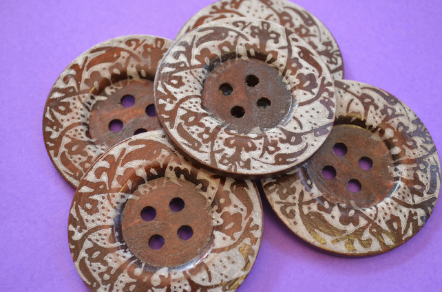 Giant Wooden Buttons 60mm Natural Brown Button Huge Large Floral (G1)