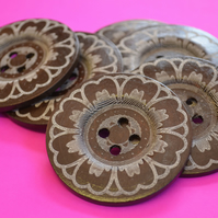 Giant Wooden Buttons 60mm Natural Brown Button Huge Large Flower (G2)