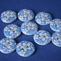 15mm Wooden Floral Buttons Hawaiian Blue & White Flower 10pk Flowers (SF26)