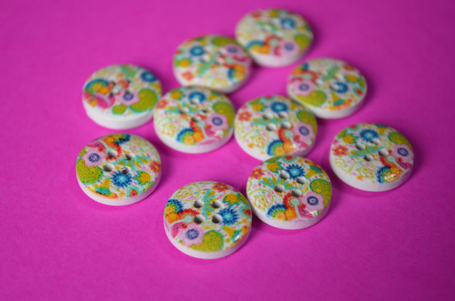 15mm Wooden Retro Floral Buttons Pink Yellow Green Blue 10pk Flowers (SF38)