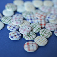 15mm Wooden Tartan Plaid Buttons Mixed 10pk Checked Check (SCK6)