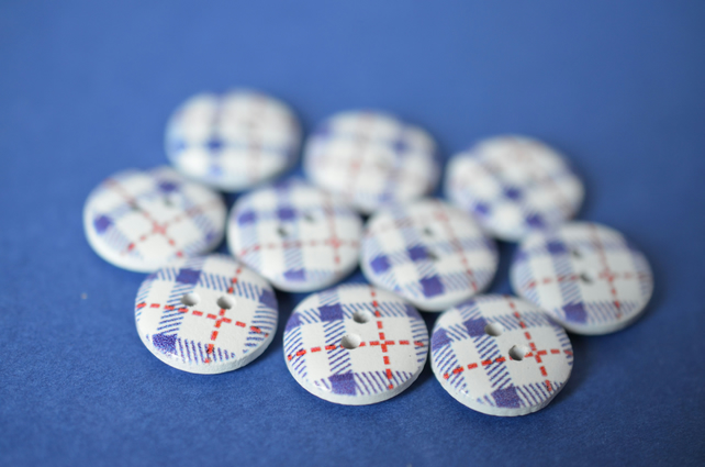 15mm Wooden Tartan Plaid Buttons Blue, White & Red 10pk Checked Check (SCK9)