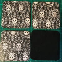 Set of 4 square Wooden Coasters (black with skulls)