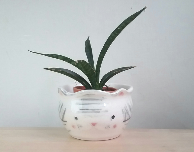 Ceramic handmade kitty cat succulent plant pot pottery handthrown gift